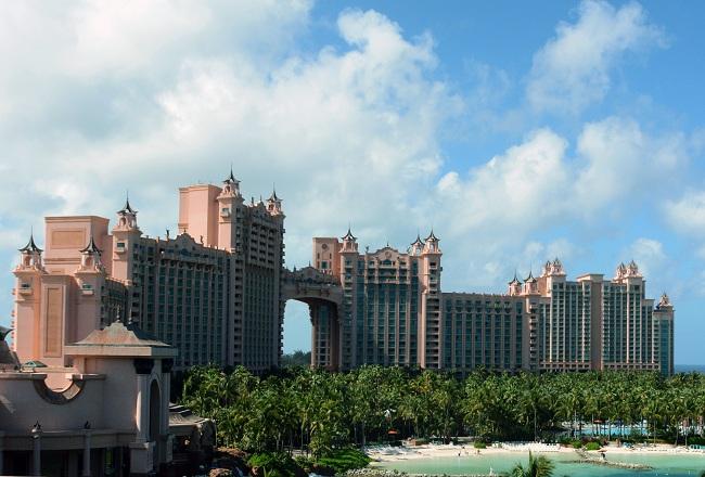 The_Royal_Tower_Atlantis_Paradise_Island_photo_D_Ramey_Logan